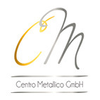 Goldenes C und silbernes M darunter steht der Firmenname Centro Metallico